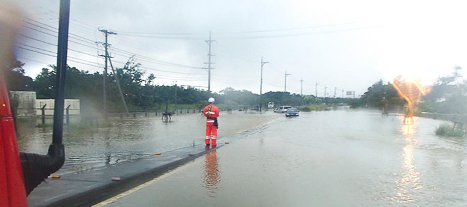 大雨災害道路冠水